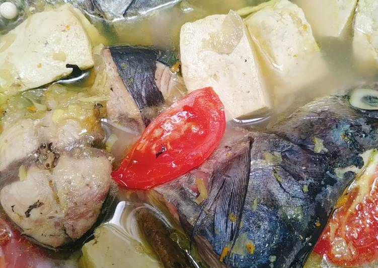 Ikan Tongkol Tuna Rebus Bumbu Kuning
