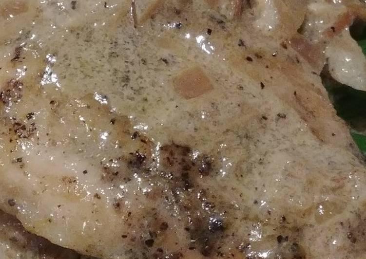 Chicken in a White Wine Sauce