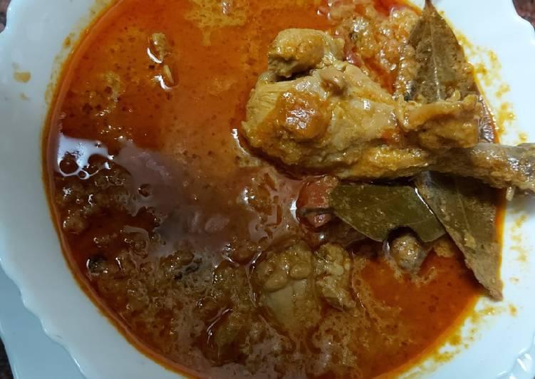 Chicken curry/ simple muglai dish