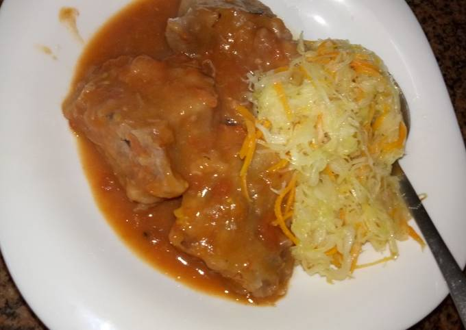 Arrowroot and steamed white cabbage#mystyle#charity suppo recipe
