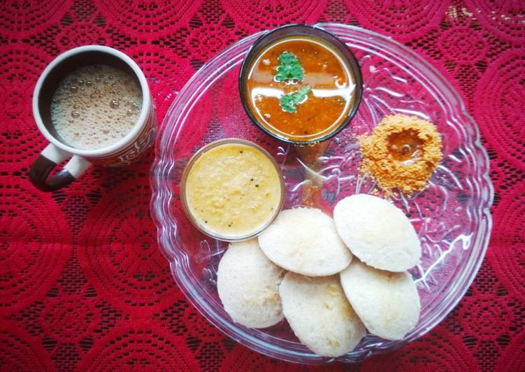 Recipe of Super Quick Homemade Brown Rice Idlis Healthy South Indian Breakfast