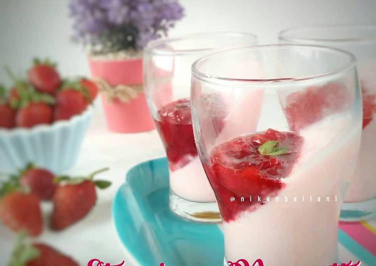 Strawberry Panacotta