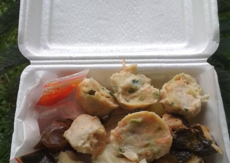 Siomay Ikan Tenggiri + Ayam Fillet Ala raditya (Bakulanku)