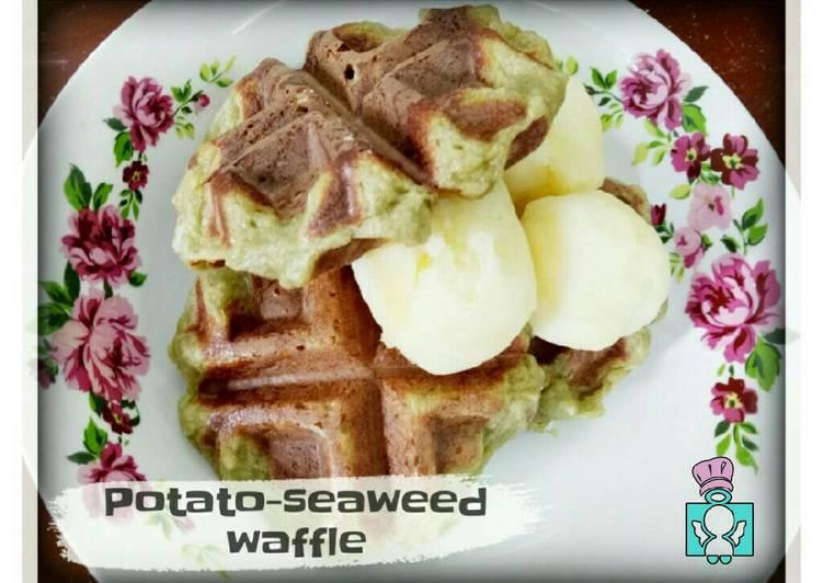 Recipe of Homemade Potato-Seaweed Waffles