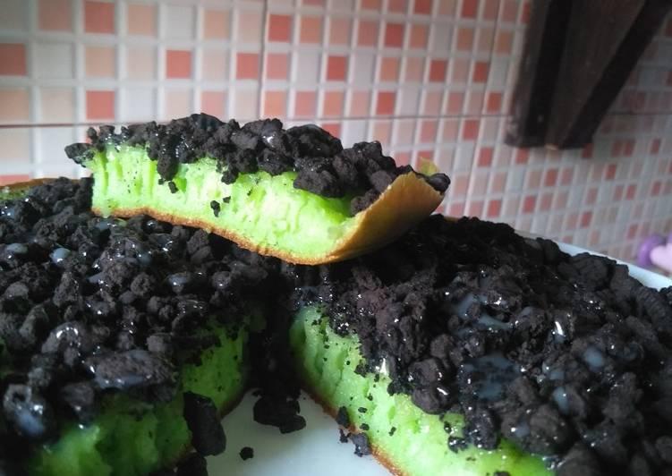 Martabak manis teflon simple - cookandrecipe.com