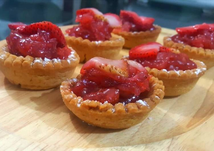 Recipe: Tasty STRAWBERRY JAM FILLED EASY TARTS😋