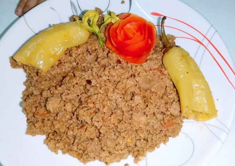 Simple Way to Prepare Homemade Mazaydar Karahi keema
