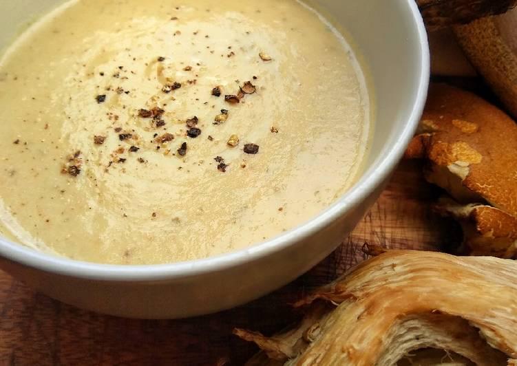 5 Easy Dinner Wild Mushroom & Potato Soup