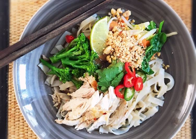 Asian Chicken with Rice Noodles