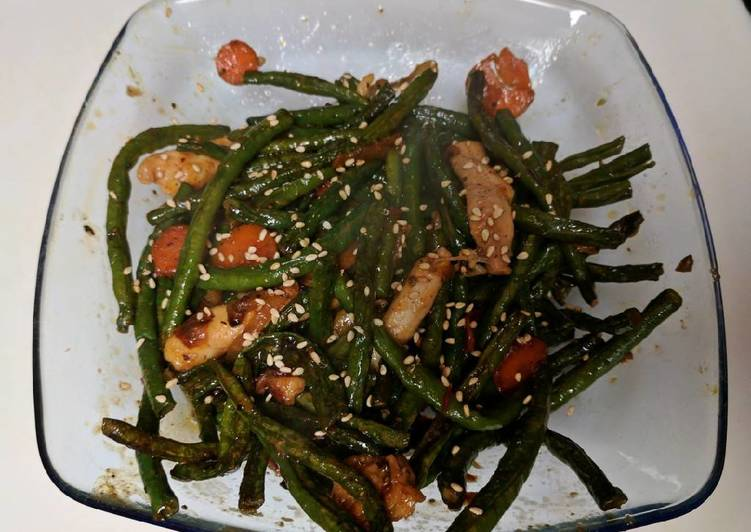 Steps to Prepare Quick Dry Fry Green Beans