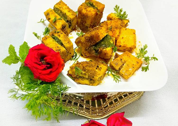 10 Minute Recipe of Quick Stuffed paneer with green chutney