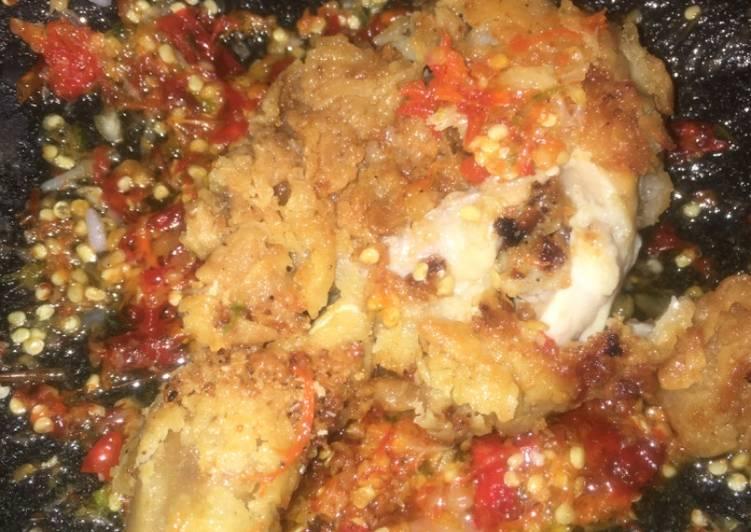 Ayam crispy geprek