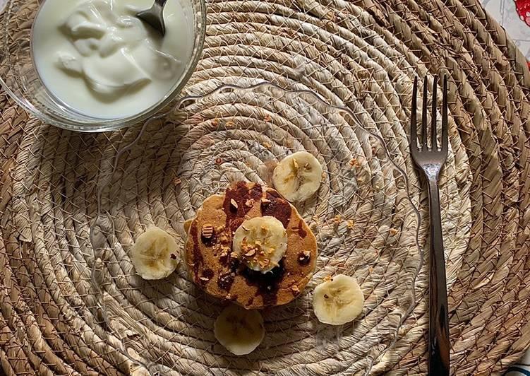 Pancake vegan alla banana senza grassi e zuccheri aggiunti