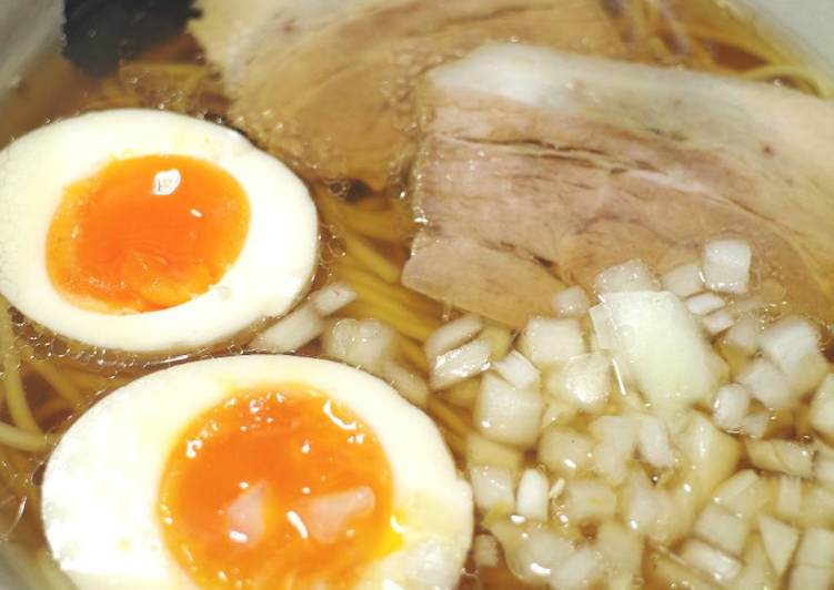 Simple self-made soup Ramen (What's  Ramen made of?)
