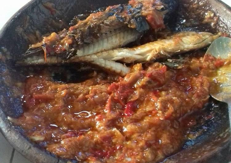 Sambel ikan panggang