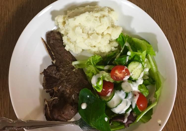 Grilled Lamb chops, mashed potatoes and salad