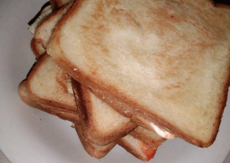 Rotibakar sandwich telor