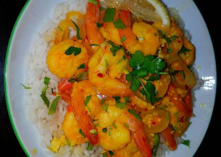 Mike's Sautéed Garlic Lemon & Saffron Shrimp Over Rice