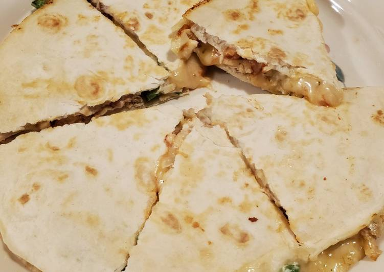 Jalapeño Chicken Quesadilla