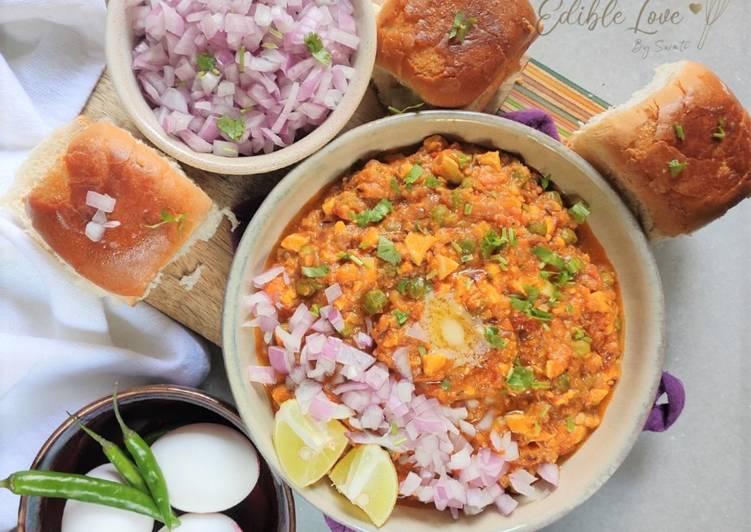 Boiled egg Pav bhaji