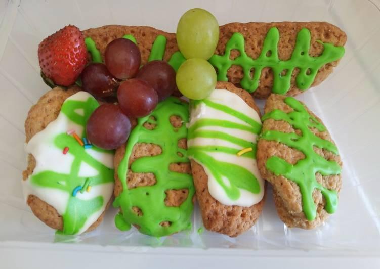 Recipe of Speedy Decorated Christmas Sugar Cookies