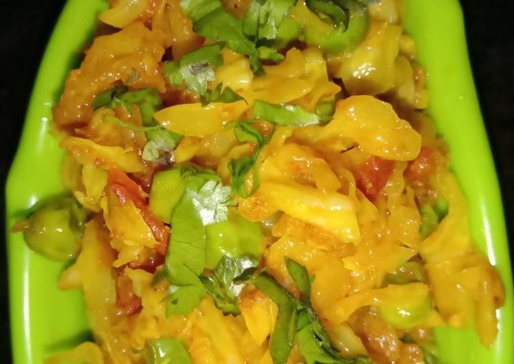 Delicious Gobhi Matar (Dry)