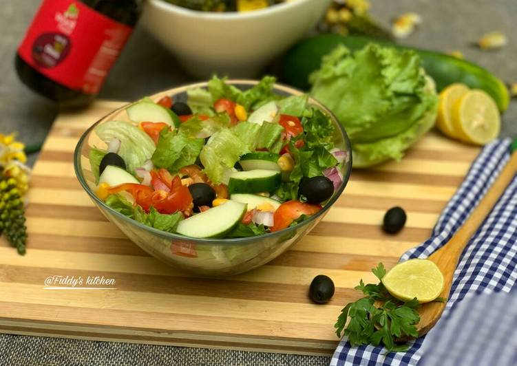 Easiest Way to Make Ultimate Cucumber, black olive and lettuce salad