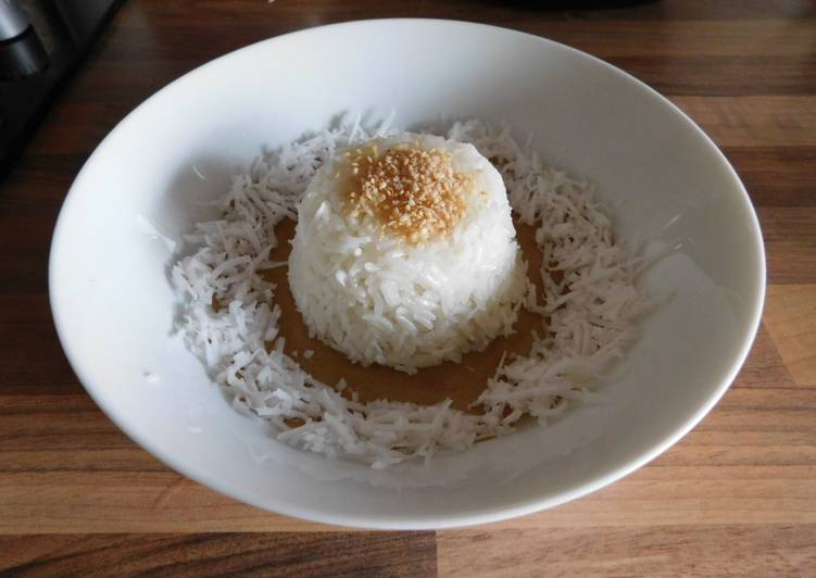 Steps to Make Quick Burmese Breakfast Coconut Sticky Rice