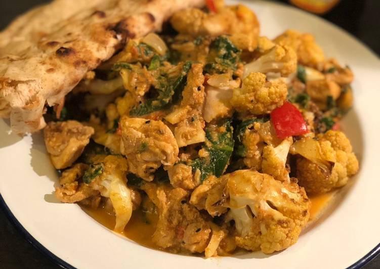 Roast cauliflower and chicken curry 🍛