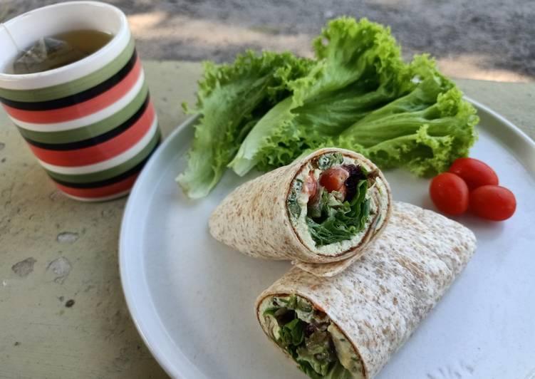 Resepi:  Wrap telur dadar (eatclean) Simple