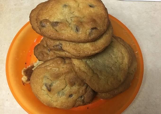 Standard Chocolate Chip Cookies