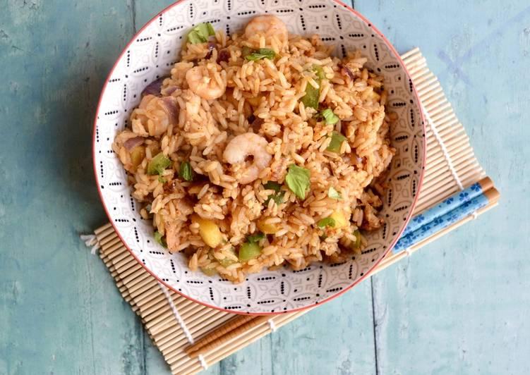 How to Prepare Yummy Mango Prawn Fried Rice
