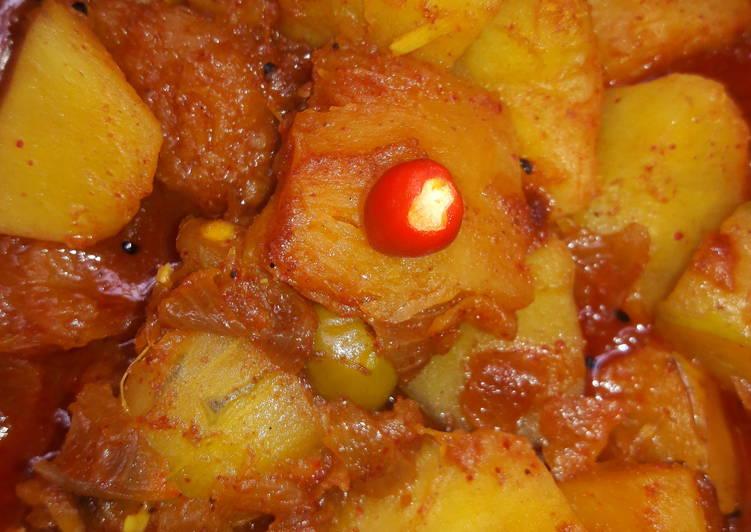 My Favorite Kanta (fish bones) veggies curry