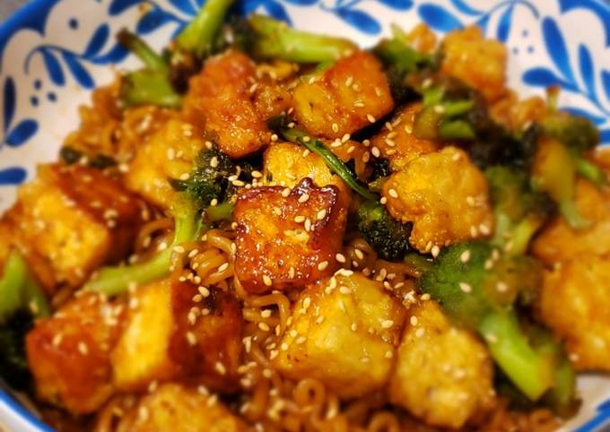 Recipe: Tasty Vegan General Tso Tofu and Noodles