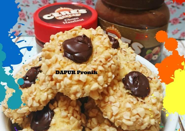 Thumbprint choco peanut