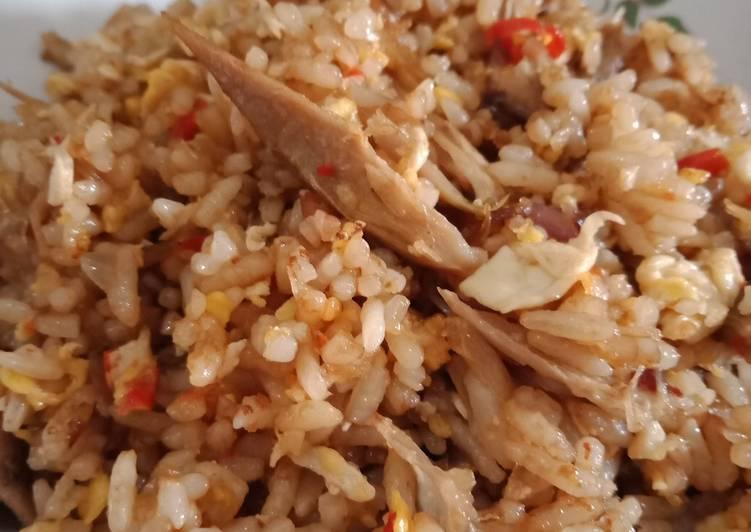 Langkah Mudah Menyiapkan Nasi goreng bebek Super Enak