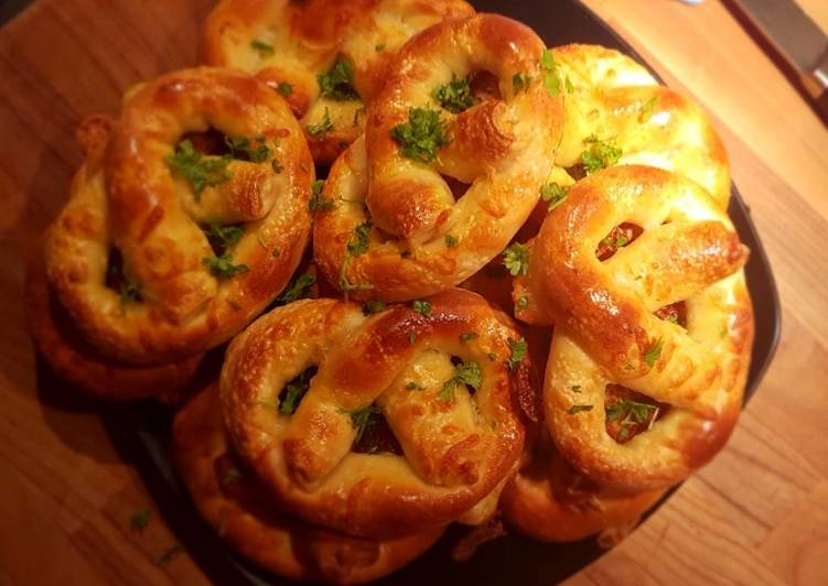 Selecting The Best Foods May Help You Stay Fit As Well As Healthy Mozzarella pretzel