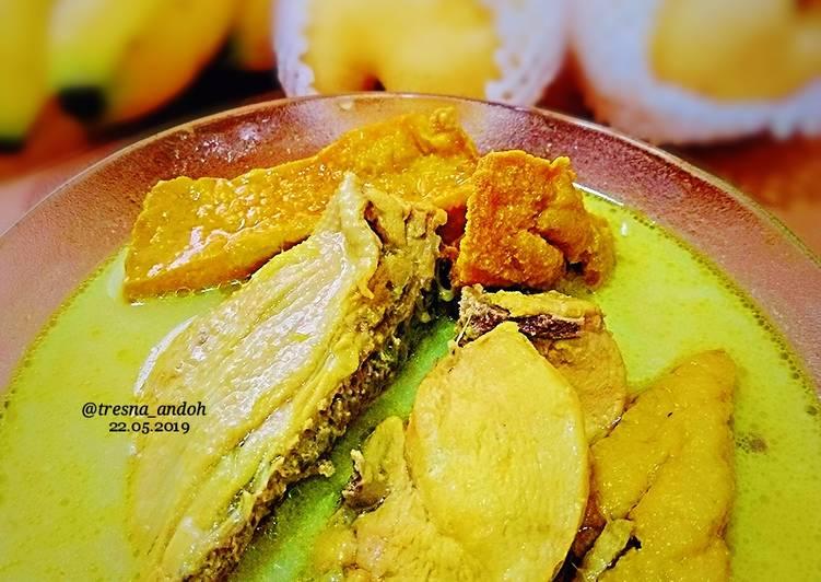 Opor Ayam Tahu Bumbu Kuning