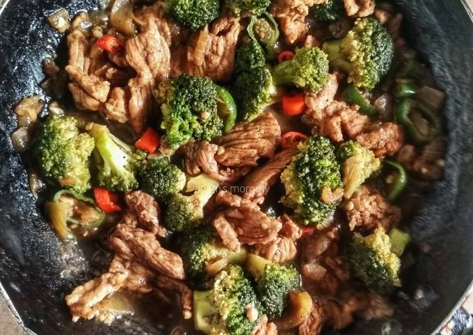 Resep Daging Brokoli Lada Hitam yang Lezat Sekali