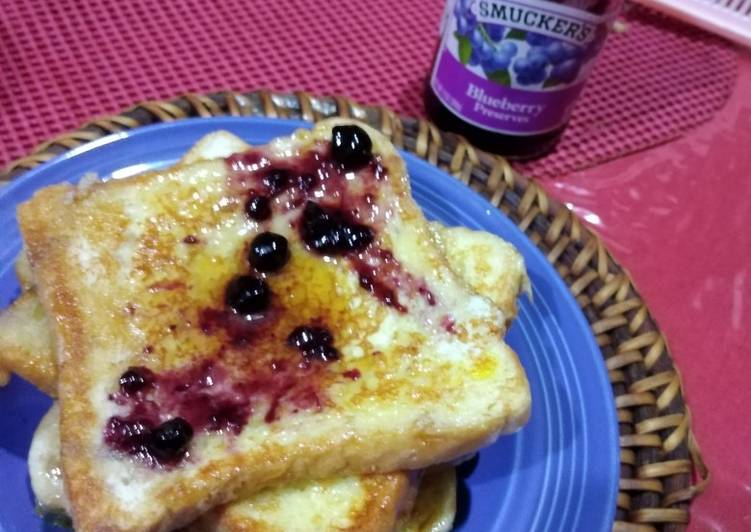 Yummy Blueberry French Toast