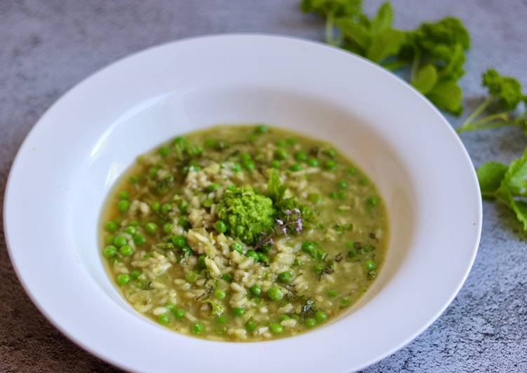 Recipe of Ultimate Risi e Bisi - Peas and mints risotto 💚