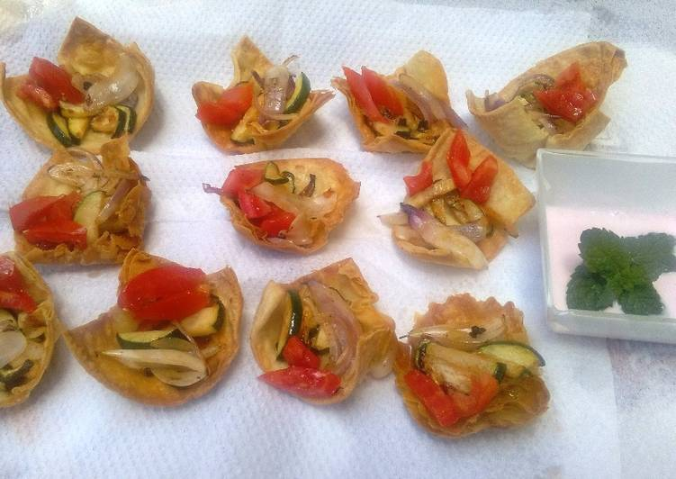 Chapati vegetable cups #team contest #team sugar&spice #appetizer #indian food