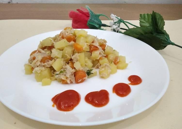 Tumis kentang wortel ayam