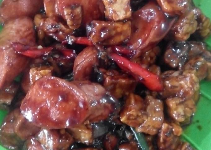 sambal goreng basah tempe sosis - resepenakbgt.com
