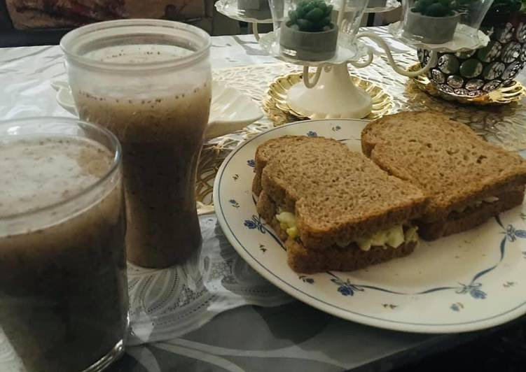 Steps to Prepare Ultimate Healthy breakfast good for diet 😉 chia lemon juice and egg cucumber sandwich 🥪 🥒 🥚