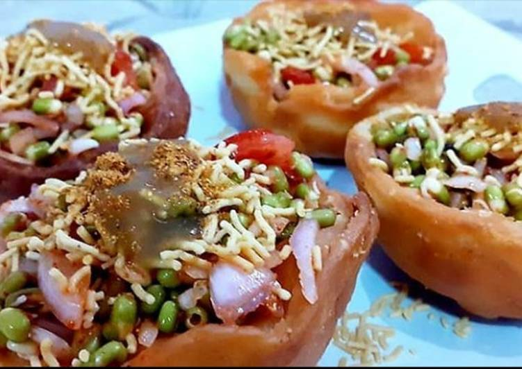 Katori chaat with moong stuffing