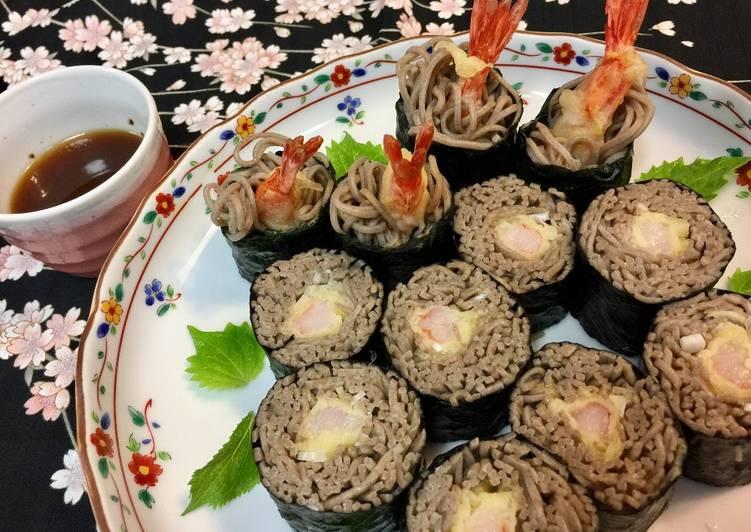 Soba noodle Roll Sushi with shrimp Tempura