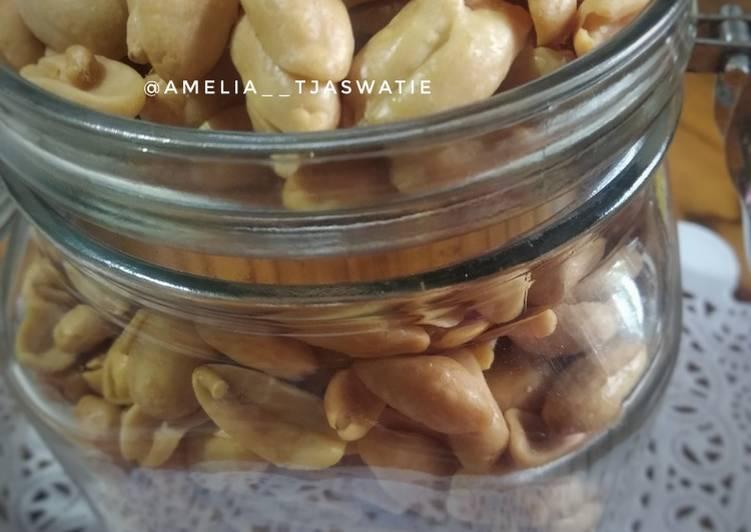 01. Kacang Goreng Bawang