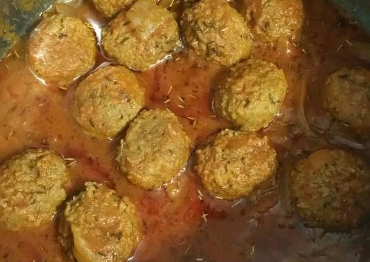 Boulettes de boeuf à la sauce tomate