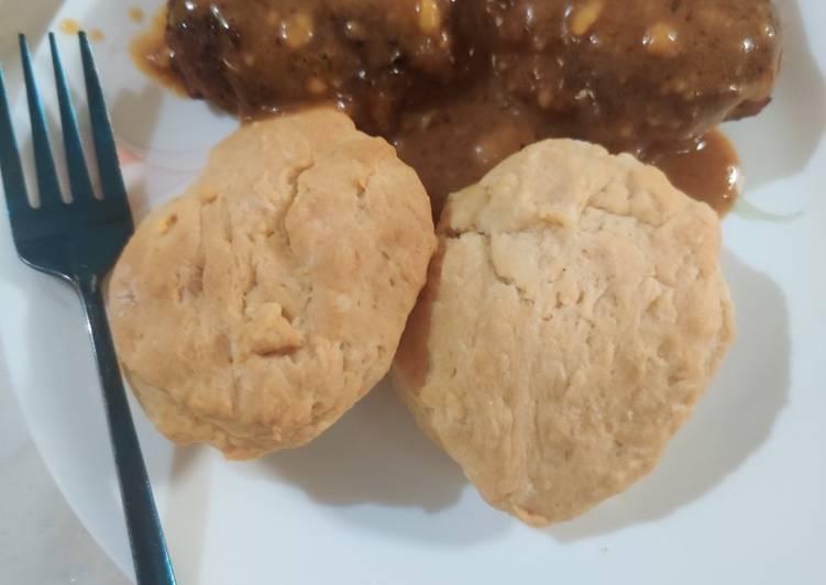 Chicken Sausage Patties and Gravy